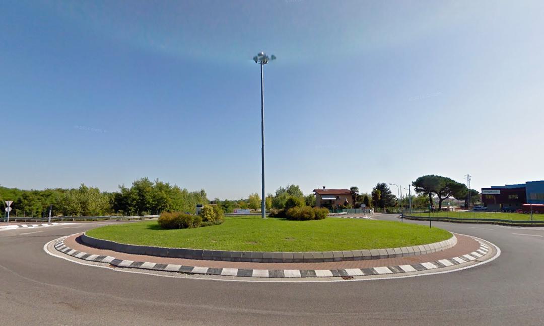 2006 - Rotatoria S.P. 349/via Pomaroli a Caldogno (VI). APM (Albiero, Faresin, Sbalchiero)