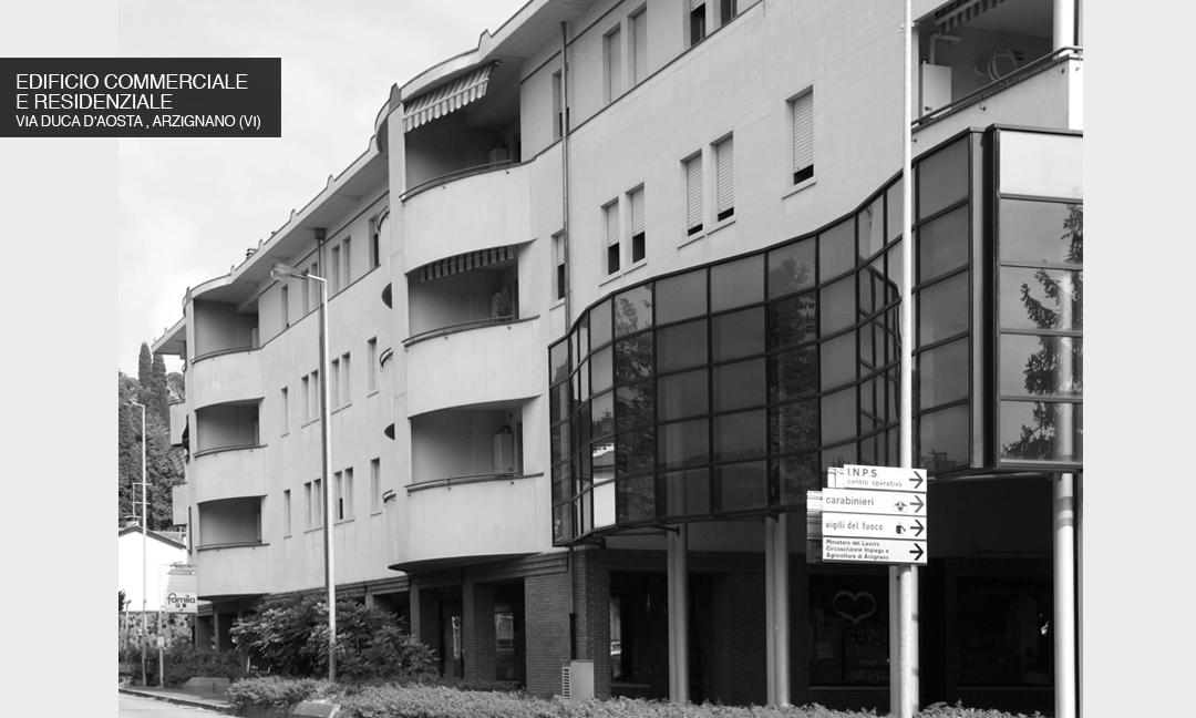 2002 - Edificio con 6 unità commerciali e 37  appartamenti  in Via Duca D'Aosta ad Arzignano (VI). APM (Albiero, Faresin, Sbalchiero)